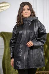 Женская кожаная куртка больших размеров с капюшоном. Фото 7.