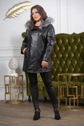 Удлиненная кожаная куртка больших размеров на кулиске. Фото 2.