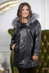 Удлиненная кожаная куртка больших размеров на кулиске. Фото 7.