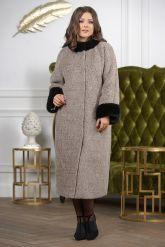 Женское пальто больших размеров с отделкой из меха норки. Фото 3.