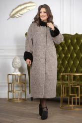 Женское пальто больших размеров с отделкой из меха норки. Фото 6.