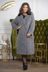 Деловое двубортное женское пальто. Фото 3.