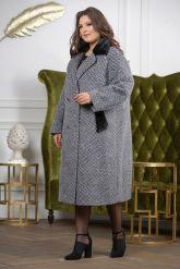 Деловое двубортное женское пальто. Фото 5.