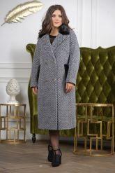 Деловое двубортное женское пальто. Фото 7.