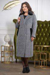 Деловое двубортное женское пальто. Фото 8.