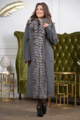 Длинное пальто с мехом чернобурки. Фото 3.