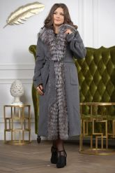 Длинное пальто с мехом чернобурки. Фото 5.