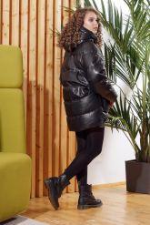Зимняя кожаная куртка  с капюшоном. Фото 1.