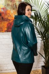 Женская кожаная куртка цвета морской волны. Фото 7.