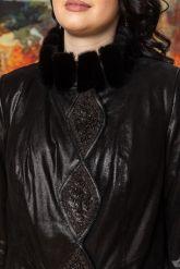 Длинное итальянское пальто из замши. Фото 3.