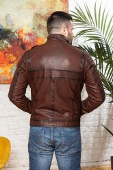 Мужская кожаная куртка цвета виски 2020. Фото 1.