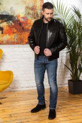 Мужская кожаная куртка черного цвета. Фото 3.
