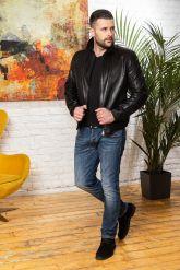 Мужская кожаная куртка на резинке черного цвета. Фото 3.