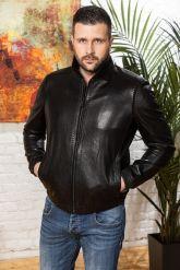 Мужская кожаная куртка на резинке черного цвета. Фото 6.