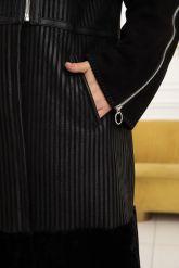Элегантная расклешенная дубленка. Фото 3.