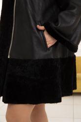 Женская трапециевидная дубленка больших размеров. Фото 4.