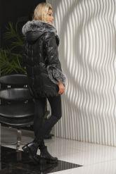 Молодежный кожаный пуховик черного цвета. Фото 2.