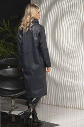 Пальто кожаное полуночно-синего цвета. Фото 2.