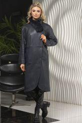 Пальто кожаное полуночно-синего цвета. Фото 3.