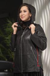 Женская кожаная куртка с капюшоном больших размеров. Фото 6.
