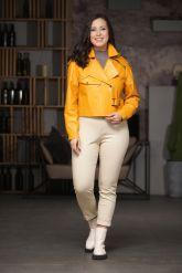 Эксклюзивная кожаная куртка яркого цвета. Фото 5.