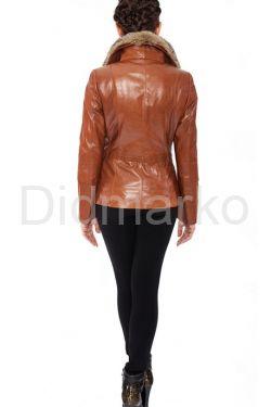Кожаный пиджак с воротником из меха степной лисы