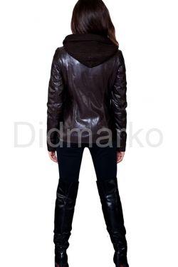 Кожаная куртка с трикотажным капюшоном