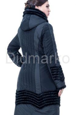 Зимнее пальто с отделкой из вязанной норки