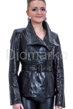 Стильный кожаный пиджак черного цвета