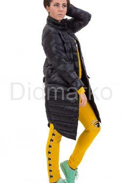 Модный облегченный пуховик черного цвета