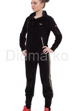 Велюровый спортивный костюм черного цвета с капюшоном