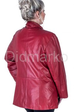 Кожаная куртка больших размеров на пуговицах