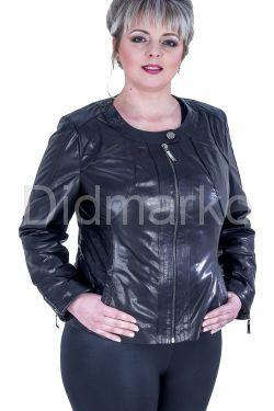 Короткая куртка на молнии