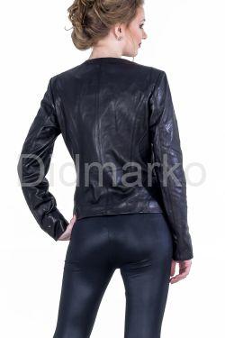Кожаная куртка на молнии