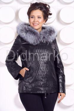 Утепленная кожаная куртка со съемным мехом на капюшоне