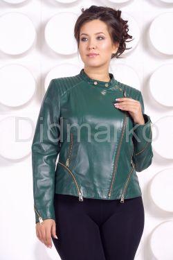 Весенняя кожаная куртка больших размеров зеленого цвета