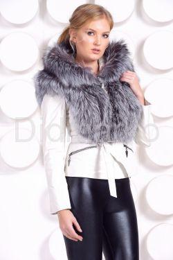 Белоснежная куртка -жилетка с мехом чернобурки