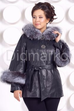 Кожаная куртка для милых дам