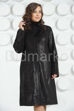 Кожаное пальто с вышивкой больших размеров