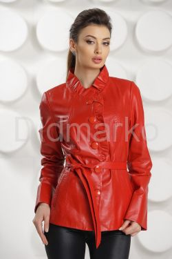 Кожаная куртка с рюшами красного цвета