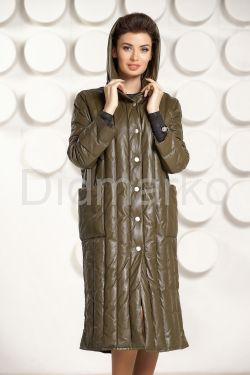 Стильный кожаный пуховик цвета оливы