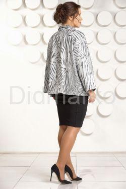 Кожаная куртка большого размера с рисунком