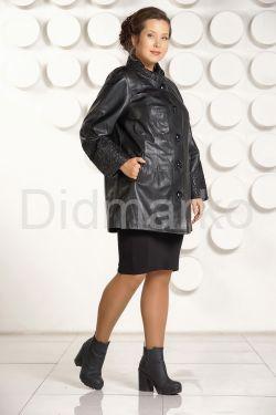 Классическая трапециевидная кожаная куртка с вышивкой