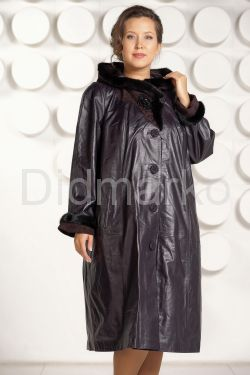 Длинное кожаное пальто с капюшоном