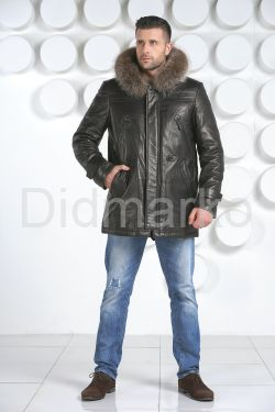 Мужская зимняя кожаная куртка черного цвета