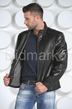 Короткая мужская кожаная куртка