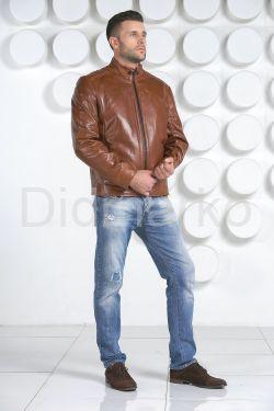 Мужская кожаная куртка рыжего цвета