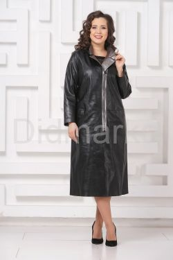 Женский кожаный плащ с серебристым воротом