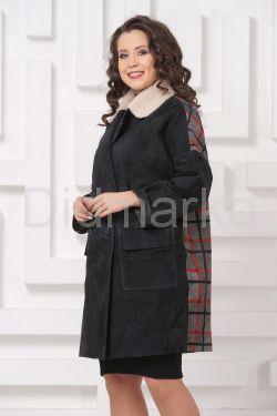 Стильное пальто из замши