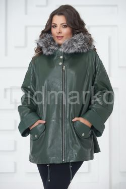 Женская кожаная куртка больших размеров зеленого цвета